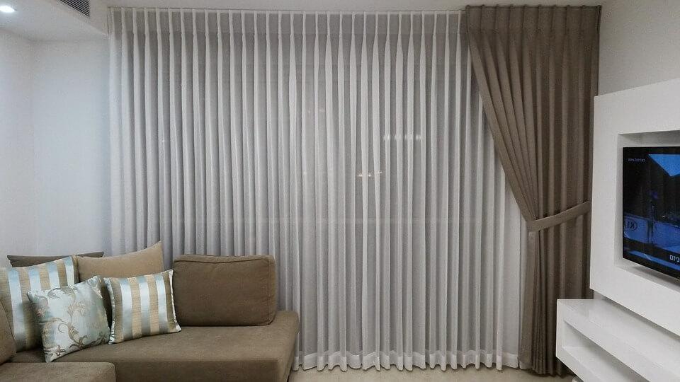 stylowe karnisze sufitowe